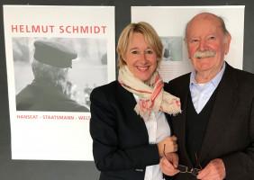 Martina Fehlner mit SPD-Urgestein Adolf Amberg. Er ist seit 60 Jahren SPD-Mitglied