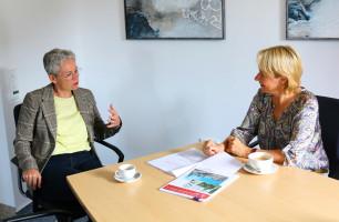 Informationsaustausch mit Mathilde Schulze-Middig