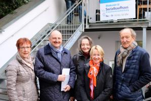 Anita Peffgen-Dreikorn, Vorsitzende des SPD-Kreisverbandes Aschaffenburg, MdB Bernd Rützel und MdL Martina Fehlner wurden von Marion Forche und Harry Kimmich begrüßt.