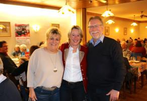 """Aus dem """"roten Rothenbuch"""" war Bürgermeister Gerd Aulenbach mit dabei"""