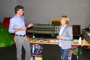 Das Pop-up-Wahlkampf-Büro ist noch bis zur Wahl am 4. Juli regelmäßig für die Alzenauer Bürgerinnen und Bürger geöffnet. Alle Infos gibt es auf www.gordon-hadler.de