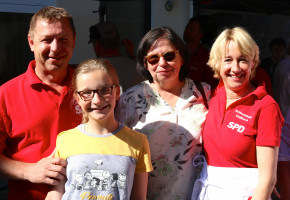 MdL Martian Fehlner mit Stadtratskollegin Anne Lenz-Böhlau und Uwe Flaton, Vorsitzender SPD-Orstvereon Aschaffenburg-Damm