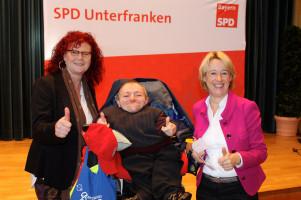 Günter Fries von der AG SelbstAktiv mit Kerstin Westphal und Martina Fehlner