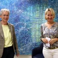 Martina Fehlner MdL im Gespräch mit Mathilde Schulze-Middig, Leiterin der Agentur für Arbeit in Aschaffenburg